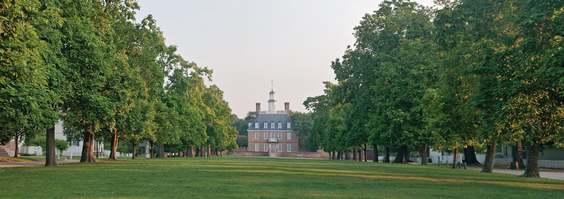 Governor's Palace-Early morning!